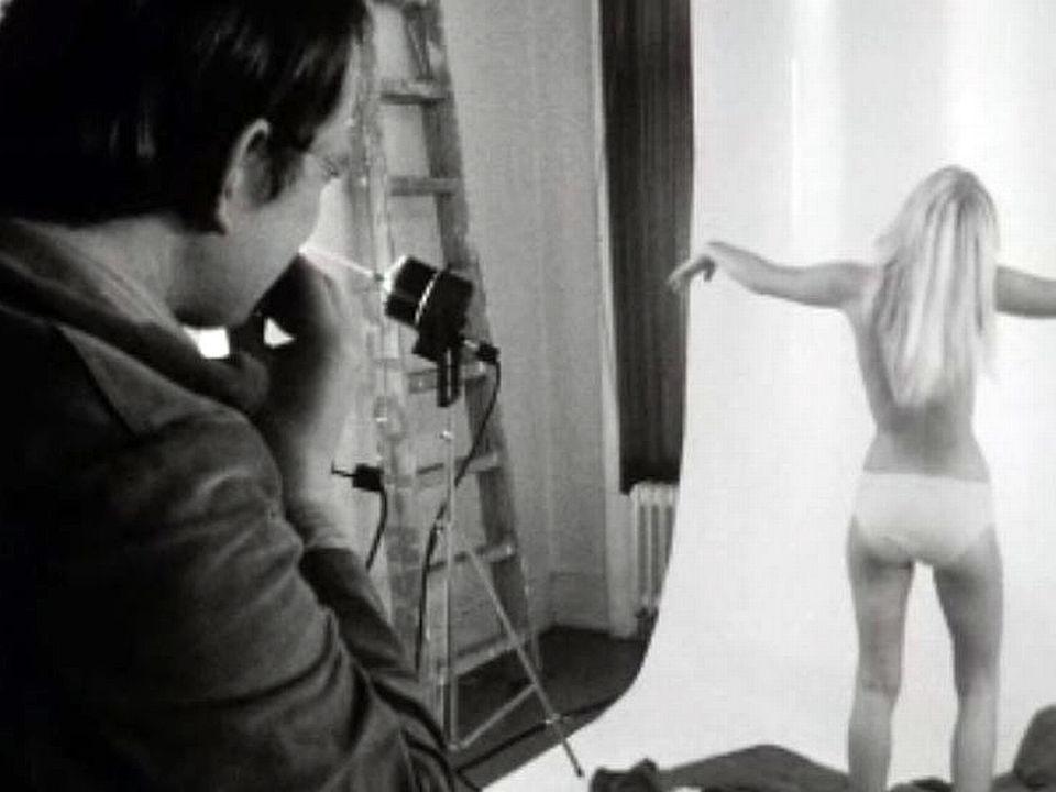 L'étrange lien qui unit le photographe et son modèle.
