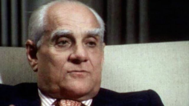 L'écrivain italien Alberto Moravia en 1976. [RTS]
