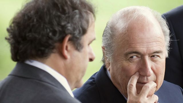 Platini et Blatter sont au plus mal. [Alessandro della Valle - Keystone]