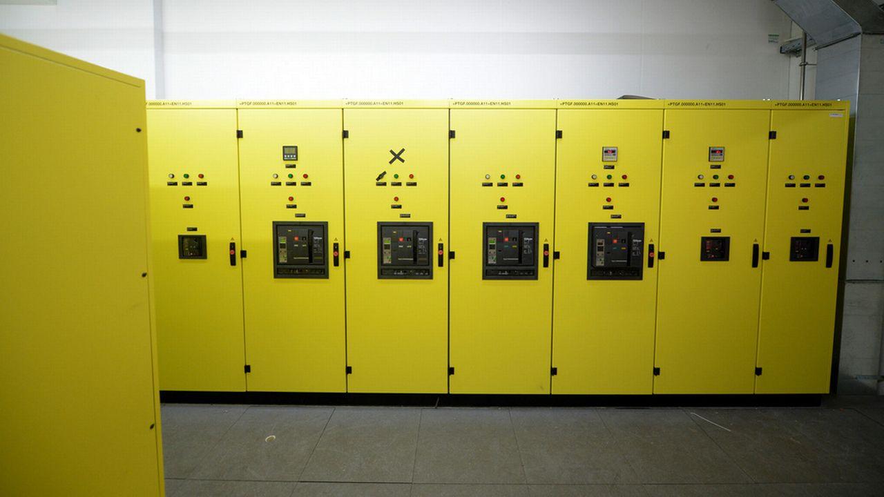 La fabrication d'équipements électriques est en baisse de 10,9%. [Urs Flueeler - Keystone]