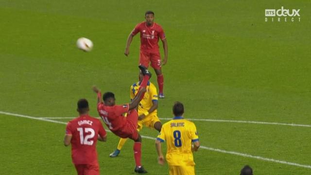 Liverpool - Sion (1-1). 50e minute: coup de pied retourné sur la latte [RTS]