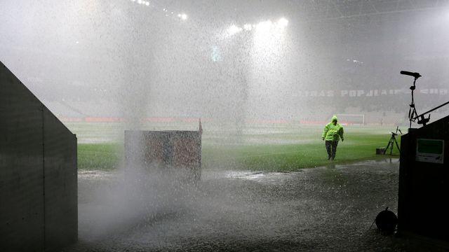 Le stade de Nice n'a pas été épargné par les pluies diluviennes tombées sur la Côte d'Azur. [Lionel Cironneau - Keystone]