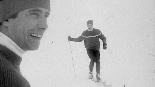 Willy Favre ( à gauche) et Jean-Daniel Dätwyler, skieurs suisses. [RTS]