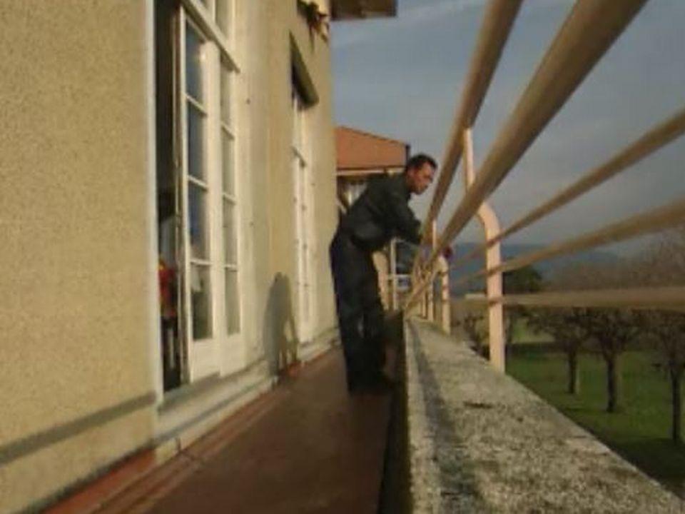 Le centre de requérants d'asile d'Anières en 2003. [RTS]