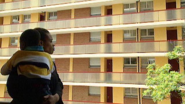A Renens, la proportion des étrangers atteint plus de 50% en 1999. [RTS]