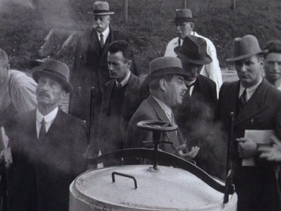 En 1939, on distille la pomme de terre. [RTS]
