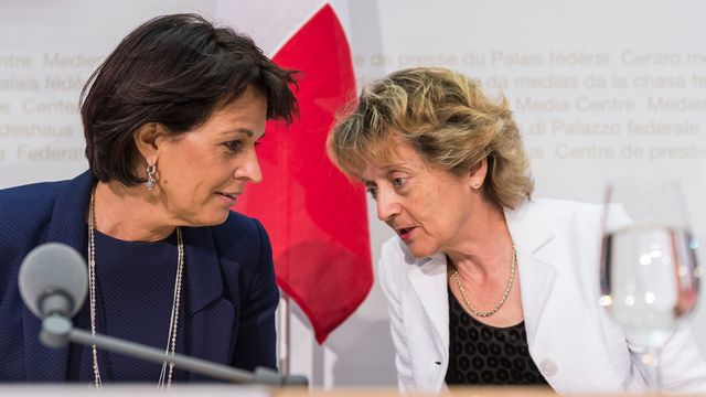 Doris Leuthard et Eveline Widmer-Schlumpf. [Alessandro della Valle - Keystone]