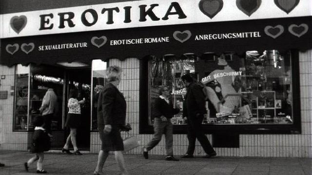 L'industrie du sexe est florissante en Allemagne, 1970 [RTS]