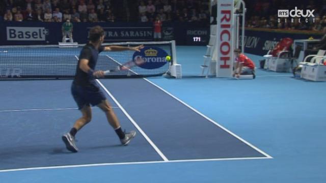 1-2 finale, Roger Federer – Jack Sock (6-3 4-1): Federer creuse l'écart par un nouveau break face à Sock [RTS]