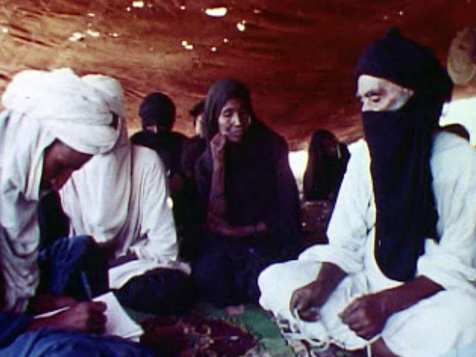 Ils forment un des derniers grands groupes de Touareg.