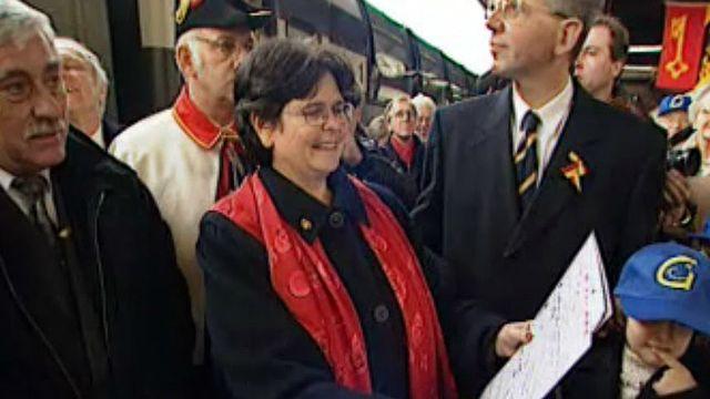 Ruth Dreifuss est accueillie à Genève,  dans son canton d'origine.
