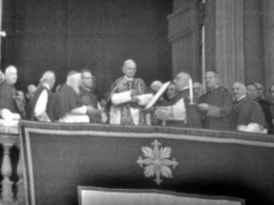 Paul VI est élu sans difficulté, au deuxième jour du conclave.