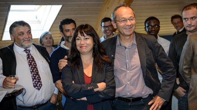 Géraldine Savary, conseillère aux Etats PS réélue et Olivier Français, nouveau conseiller aux Etats PLR vaudois. [Jean-Christophe Bott - Keystone]