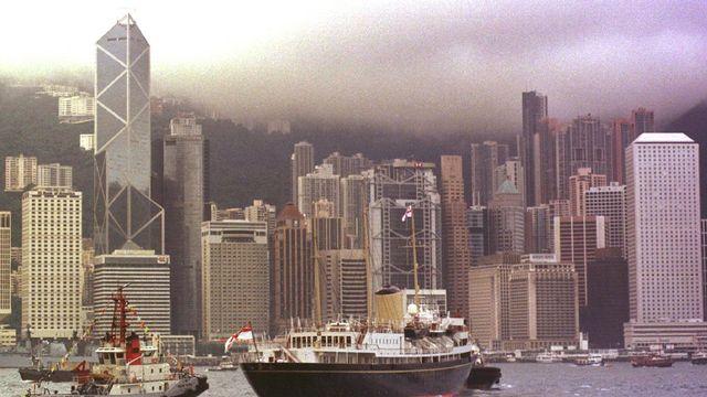 Hong Kong fait partie des villes menacées par la montée des eaux dues au réchauffement climatique. [David Longstreath - Keystone]