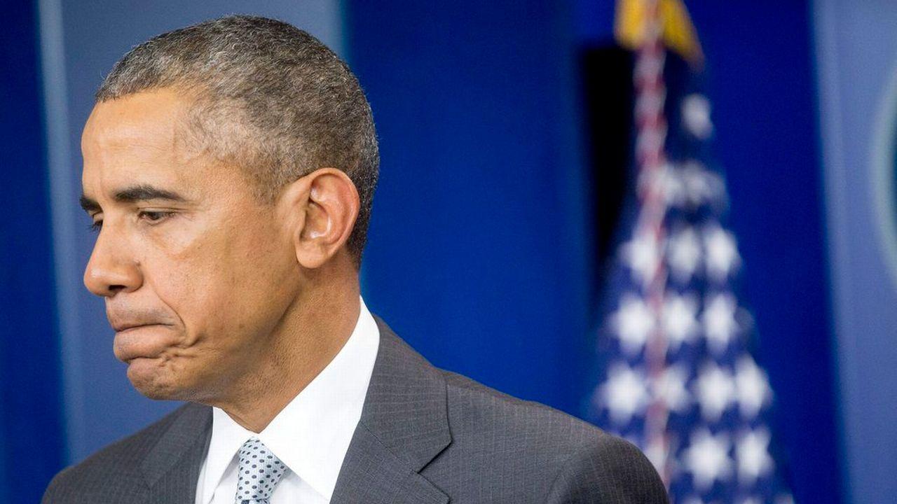 """""""Nous sommes prêts à fournir toute l'assistance dont le gouvernement et la population de la France auront besoin"""", a notamment déclaré Barack Obama. [ANDREW HARRER /POOL - EPA/Keystone]"""