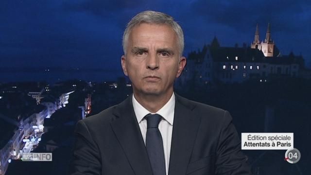 Attentats de Paris - Sécurité en Suisse: l'interview de Didier Burkhalter, Chef féd. dpt aff. étrangères [RTS]