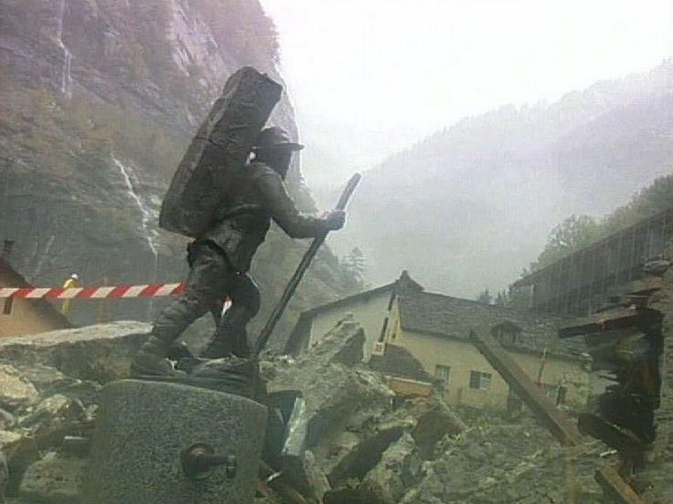Gondo, ravagé par un glissement de terrain meurtrier en 2000. [RTS]