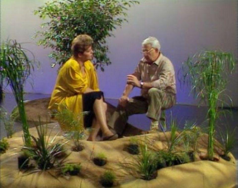 La journaliste Catherine Noyer et le paéoclimatologue Jacques Labeyrie évoquent l'hypothèse d'un changement climatique, 1986. [RTS]