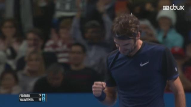 Tennis - Masters de Londres: Federer remporte la victoire face à Wawrinka 7-5 6-3 [RTS]