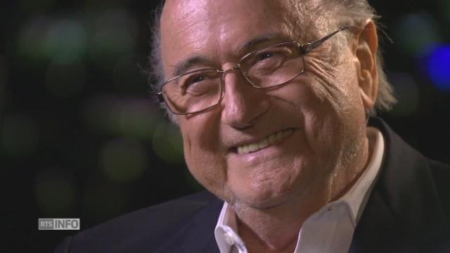 """Sepp Blatter: """"Platini est un homme honnête"""" [RTS]"""