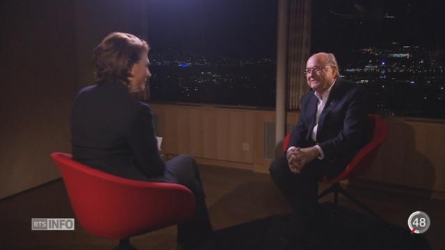 Scandale de la FIFA: Blatter considère que Platini ferait un bon candidat [RTS]