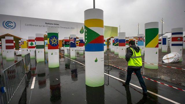 L'entrée de la COP21 au Bourget. La conférence commencera le lundi 30 novembre et s'achèvera le vendredi 11 décembre 2015. [Ian Langsdon - EPA/Keystone]