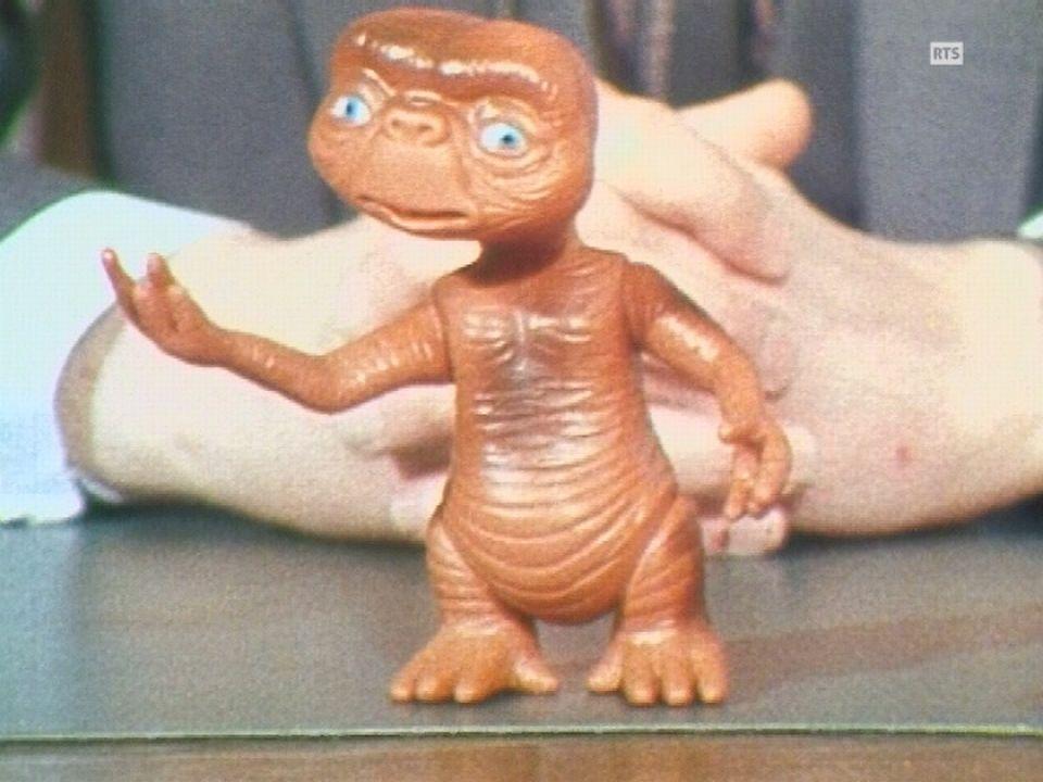 La poupée E.T. l'Extraterrestre s'arrache après la sortie du film. [RTS]