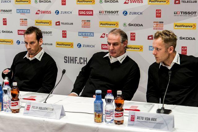 """Le nouveau """"trio de choc"""" de l'équipe nationale: Fischer, Hollenstein et Von Arx (de gauche à droite). [Sebastian Schneider - Keystone]"""