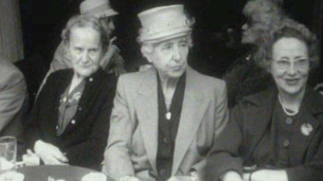 Vieilles dames en 1962. [TSR 1962]