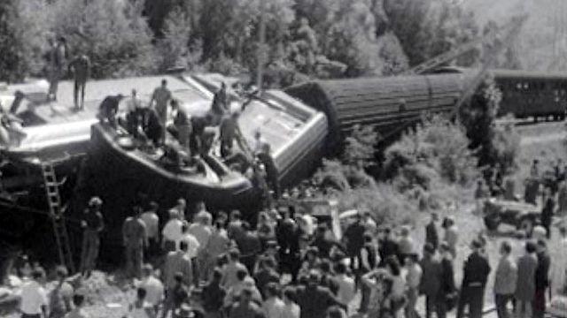 L'évacuation des blessés après la catastrophe ferroviaire.