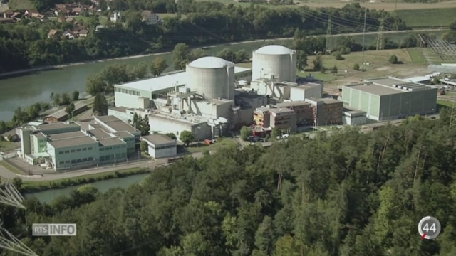 Certains fournisseurs suisses d'électricité imposent par défaut le courant 100% vert à tous leurs clients [RTS]