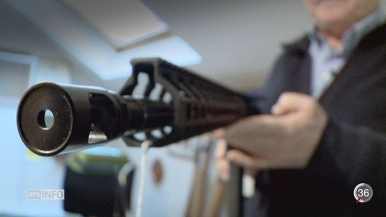 En Suisse romande, les permis d'acquisition d'arme ont nettement augmenté [RTS]