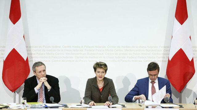 Simonetta Sommaruga a défendu la position du Conseil fédéral mardi à Berne. [Thomas Hodel - Keystone]