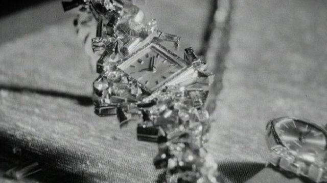Montre de luxe présentée à Beaulieu, Lausanne, en 1964. [RTS]