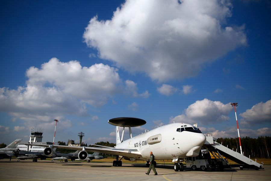 L'OTAN va déployer des avions de reconnaissance AWACS vers Konya dans le sud de la Turquie.