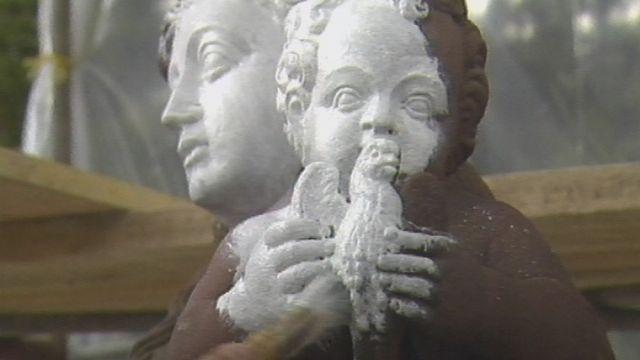 Fontaine de la Vierge à Delémont. [RTS]