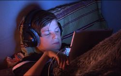 Ces écrans qui pourrissent notre sommeil