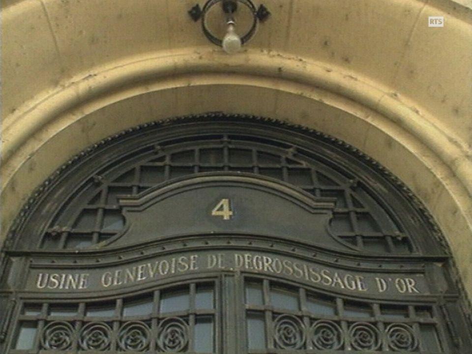 L'entrée principal du centre alternatif L'Usine à Genève. [RTS]