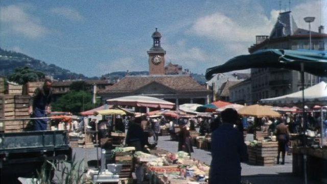 Jour de marché à Vevey en 1971. [RTS]