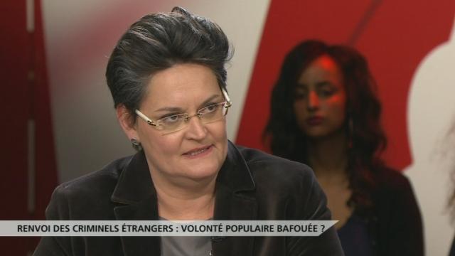 """Cristina Gaggini: """"Cette initiative vise un marketing autour de l'anti-étranger."""" [RTS]"""