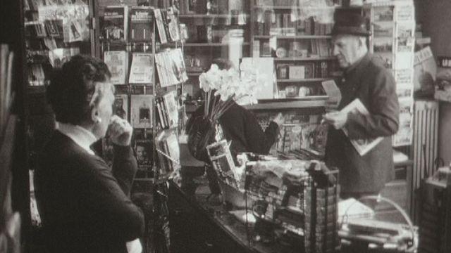 Kiosque à journaux en ville de Lausanne. [RTS]