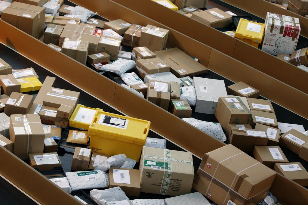 L 39 e commerce fait bondir le nombre de colis en provenance for Chambre de commerce suisse chine