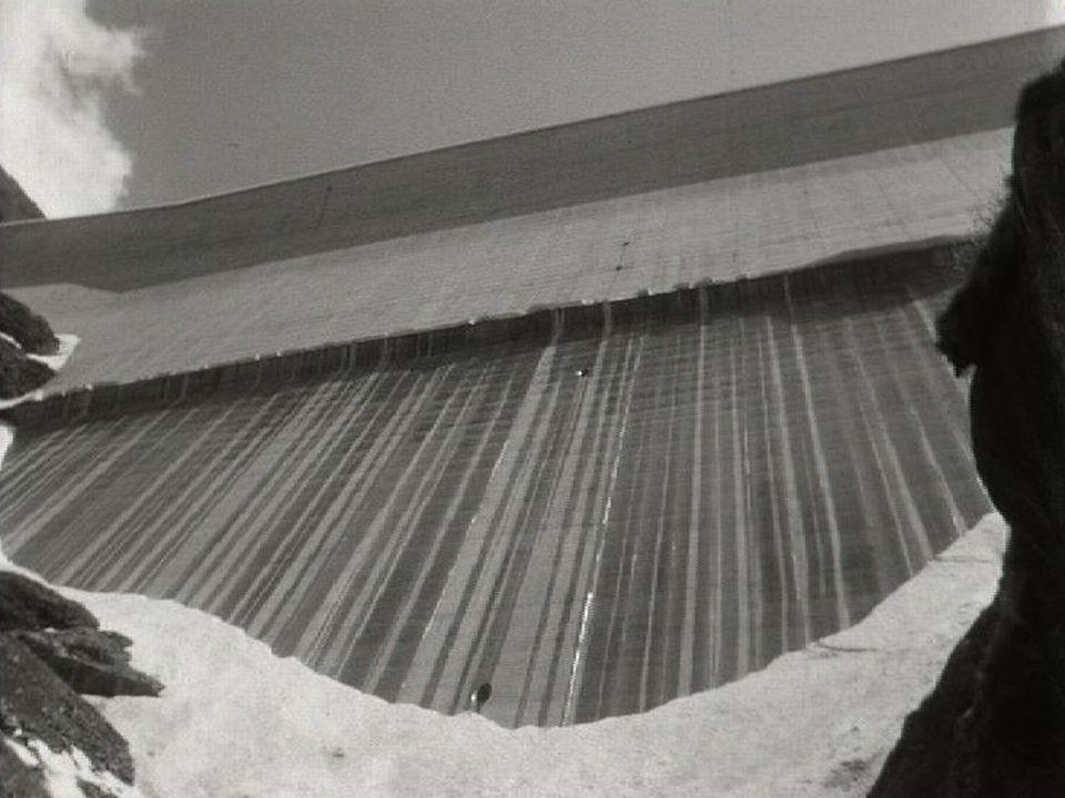 Le barrage de la Grande Dixence, 1969. [RTS]