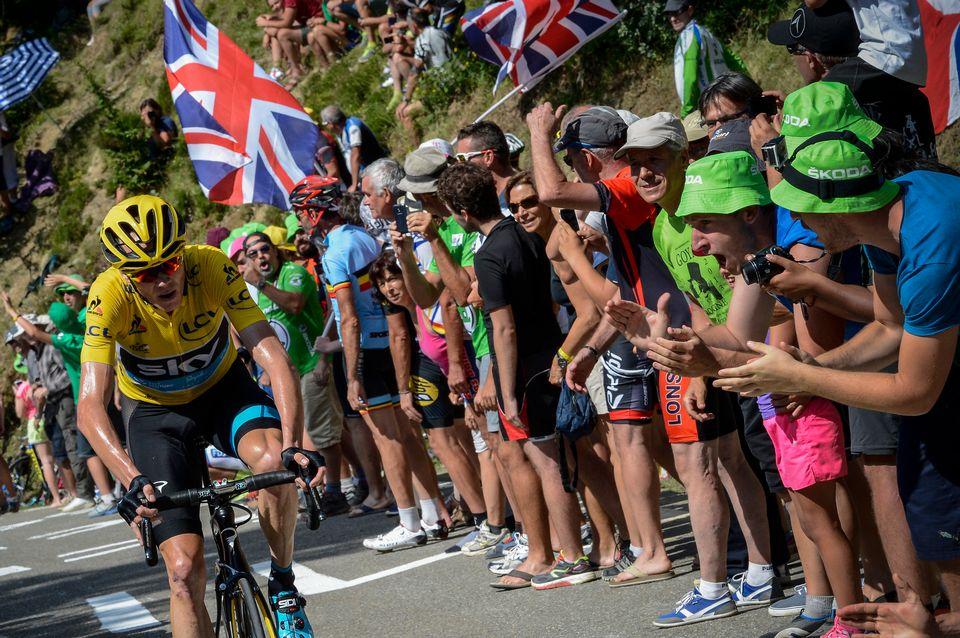 La facilité avec laquelle Chris Froome avait remporté l'étape de la Pierre-Saint-Martin lors du dernier TDF avait soulevé des soupçons de dopage technologique. [Jeff Pachoud  - AFP]