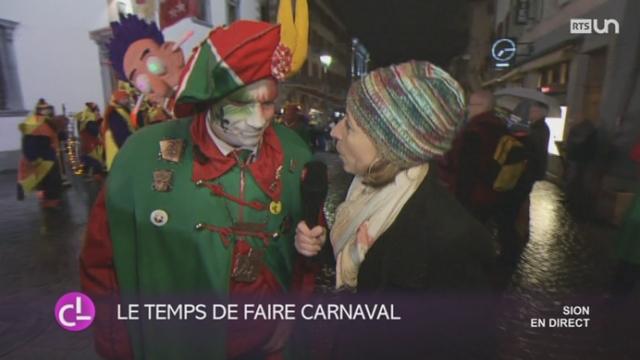 """VS - FR: la folie du carnaval a débuté à Sion sous la devise """"Cape et épée"""" [RTS]"""