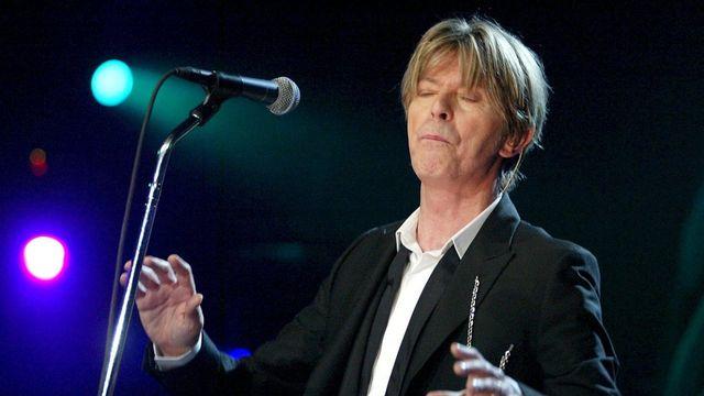 David Bowie au Montreux Jazz Festival le 18 juillet 2002. [Fabrice Coffrini - Keystone]