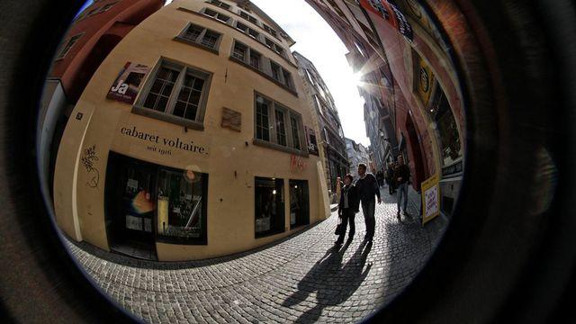 Le Cabaret Voltaire à Zürich célèbre L'Anniversaire de l'art. [Alessandro Della Bella - Keystone]