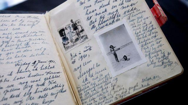 Un facsimile du fameux journal exposé à la Maison d'Anne Frank à Amsterdam. [Evert Elzinga - Keystone]