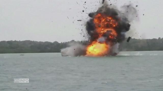 L'Indonésie détruit et coule 31 bateaux de pêche illégale [RTS]