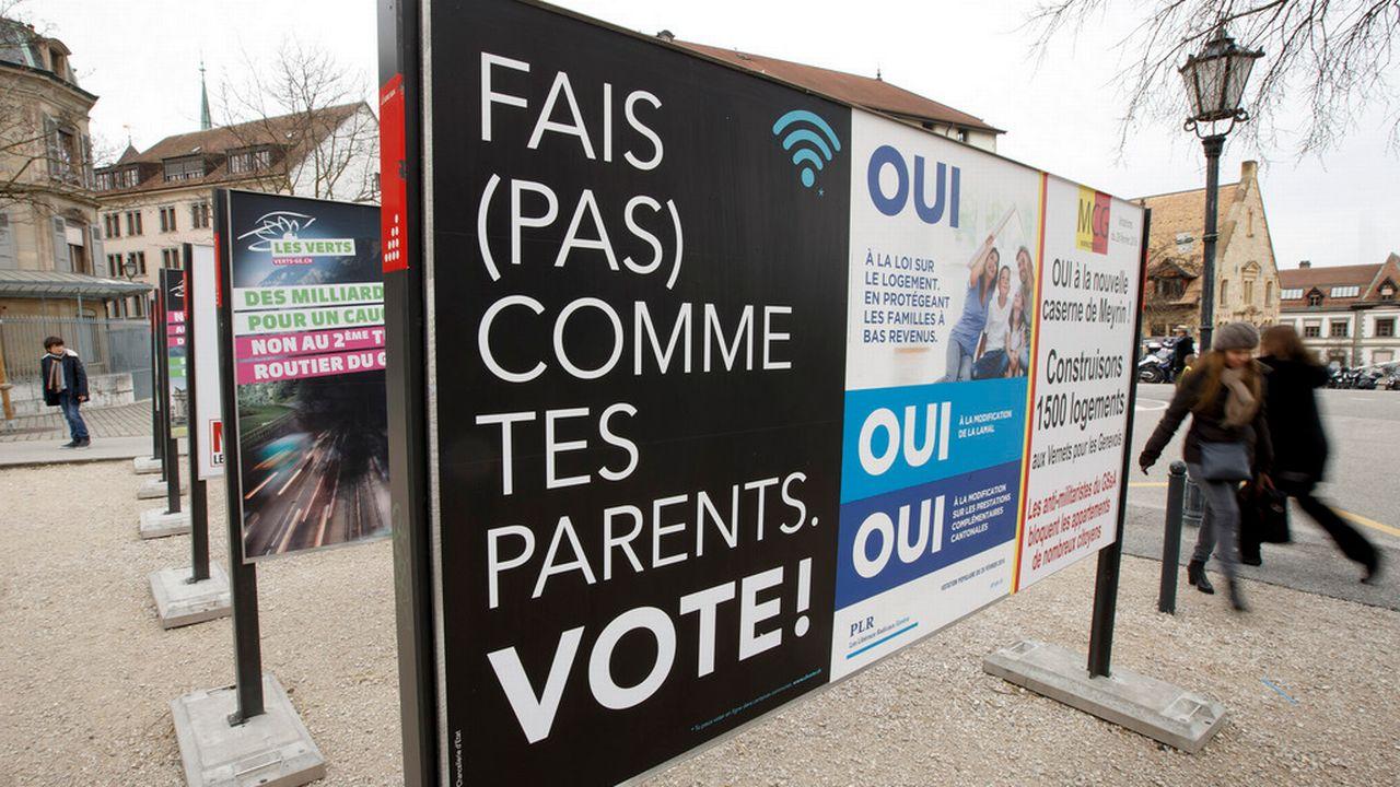 A Genève, le Conseil d'Etat a financé des affiches pour inciter les jeunes à voter. [Salvatore Di Nolfi - Keystone]